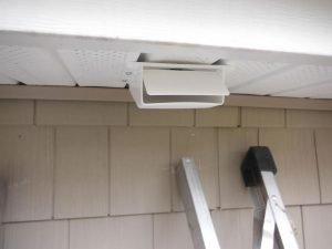 Bath fan soffit vent